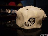 SNAPBACK CAP(刺繍) 1753-2.jpg